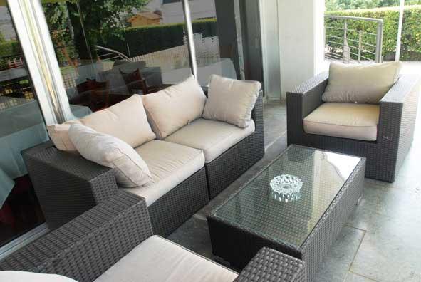 Vista Sofas en la Terraza